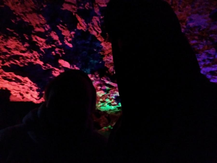Селфач в пещере